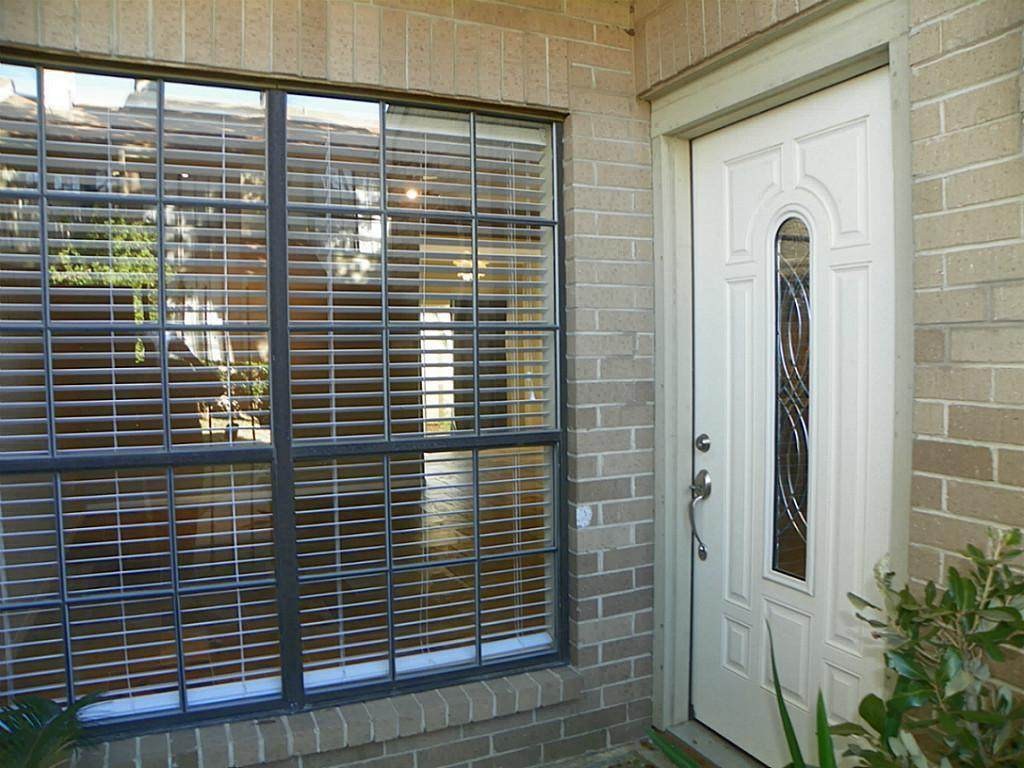 734 Country Place Drive - Photo 1