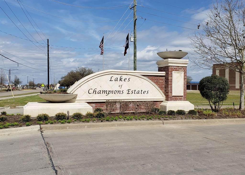 15002 Lake Shore Avenue - Photo 1