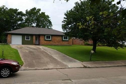 424 S Oleander Street, Lake Jackson, TX 77566 (MLS #75324982) :: The Queen Team
