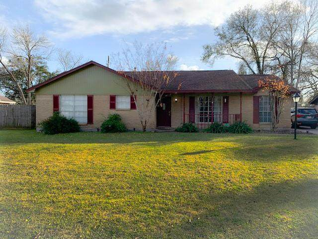 307 N Yaupon Street, Richwood, TX 77531 (MLS #79966186) :: The Bly Team