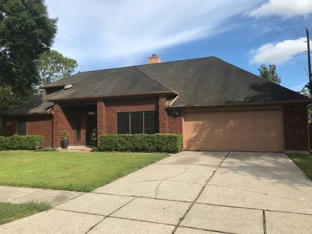 2507 Forge Stone Drive, Friendswood, TX 77546 (MLS #83120113) :: Texas Home Shop Realty