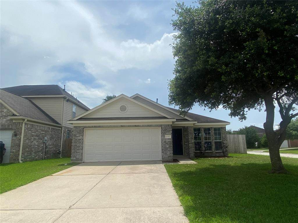 22502 High Point Pines Drive - Photo 1