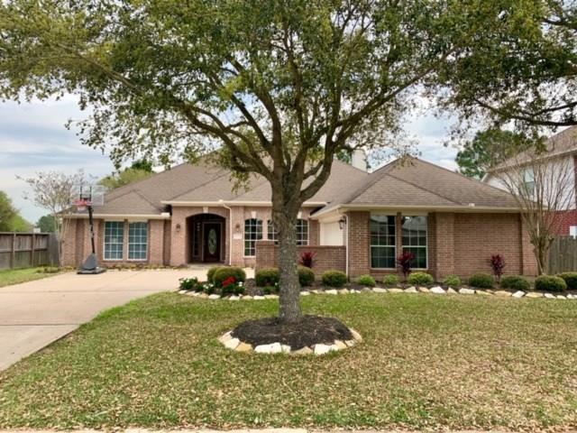 11222 Hundred Bridge Ln, Sugar Land, TX 77498 (MLS #88026049) :: Texas Home Shop Realty