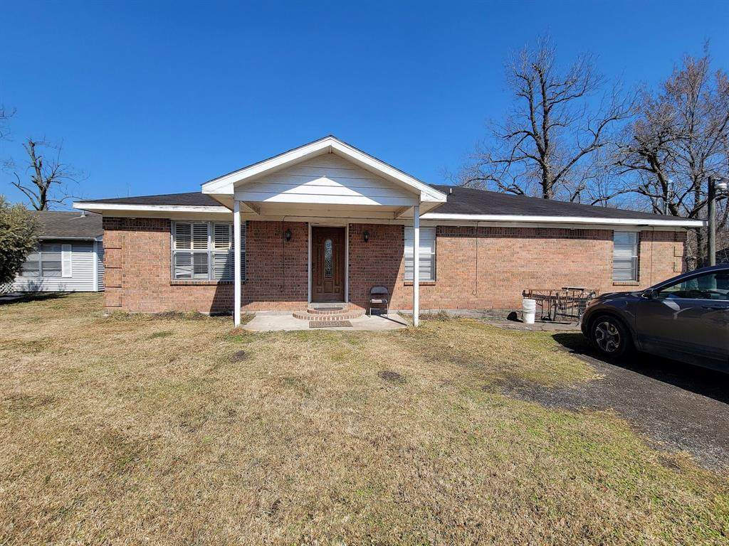 1449 Mesquite Street - Photo 1