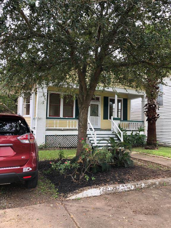 3319 Avenue O 1/2, Galveston, TX 77550 (MLS #95868929) :: The Home Branch