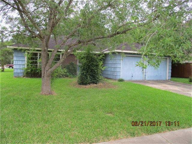 3120 Chestershire Drive, Pasadena, TX 77503 (MLS #96760476) :: The SOLD by George Team