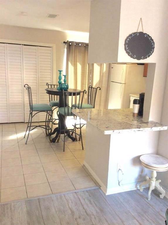 3506 Cove View Boulevard #1404, Galveston, TX 77554 (MLS #98193091) :: The Bly Team
