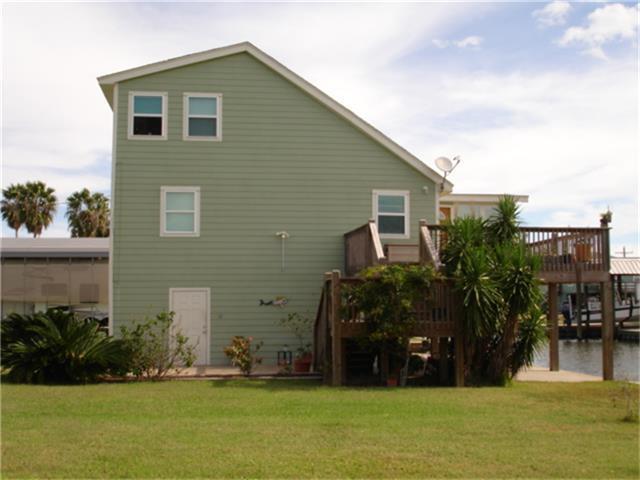 1116 Buddy Kirk Drive, Crystal Beach, TX 77650 (MLS #14098255) :: Christy Buck Team