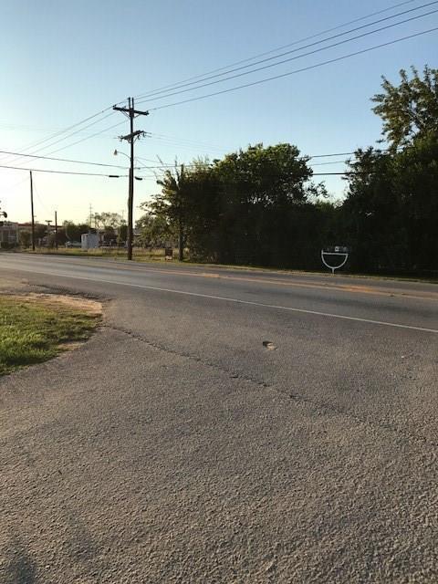 201 E Powell Street, Willis, TX 77378 (MLS #17250633) :: Giorgi Real Estate Group