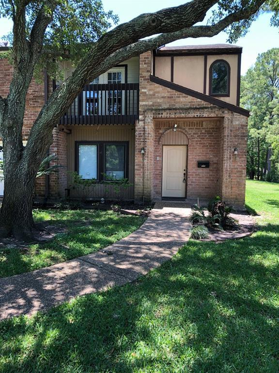 15179 Kimberley Court #54, Houston, TX 77079 (MLS #18922738) :: Ellison Real Estate Team