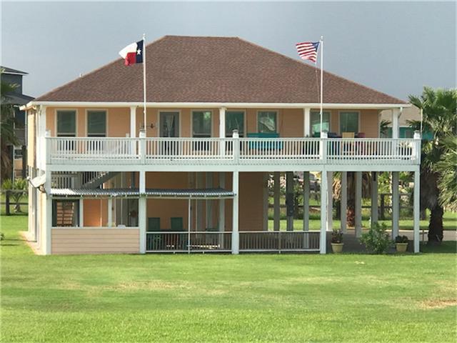 941 Surfside, Crystal Beach, TX 77650 (MLS #24048799) :: Giorgi Real Estate Group