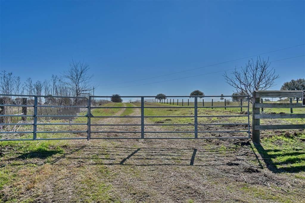 1625 County Road 229 - Photo 1