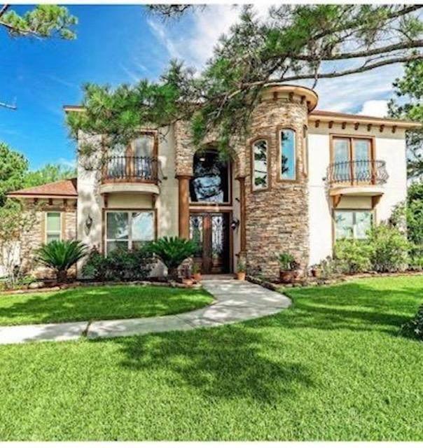 10881 Dauphine Street, Willis, TX 77318 (MLS #24193207) :: Lerner Realty Solutions