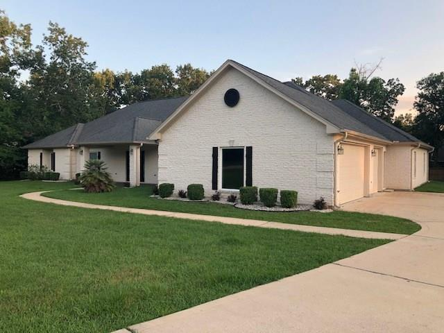 11348 Grand Harbor Boulevard, Montgomery, TX 77356 (MLS #32193547) :: The SOLD by George Team