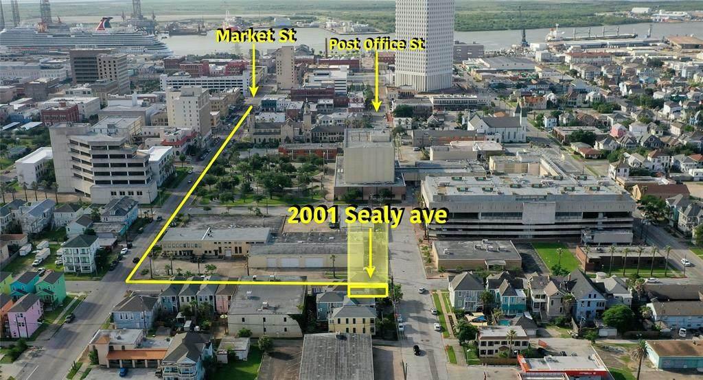 2001 Sealy Street - Photo 1