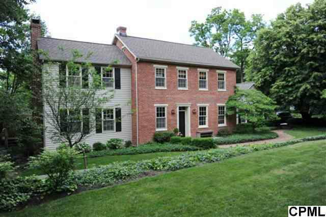 801 Michigan Ave, Lemoyne, PA 17043 (MLS #10224185) :: The Joy Daniels Real Estate Group