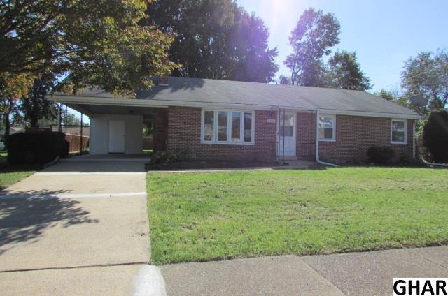 1006 E Coover St, Mechanicsburg, PA 17055 (MLS #10309169) :: The Joy Daniels Real Estate Group