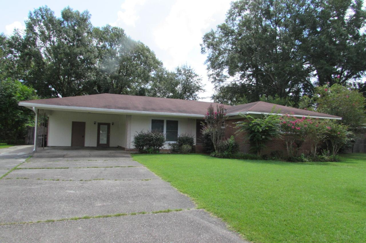 1620 Orchard Dr. - Photo 1