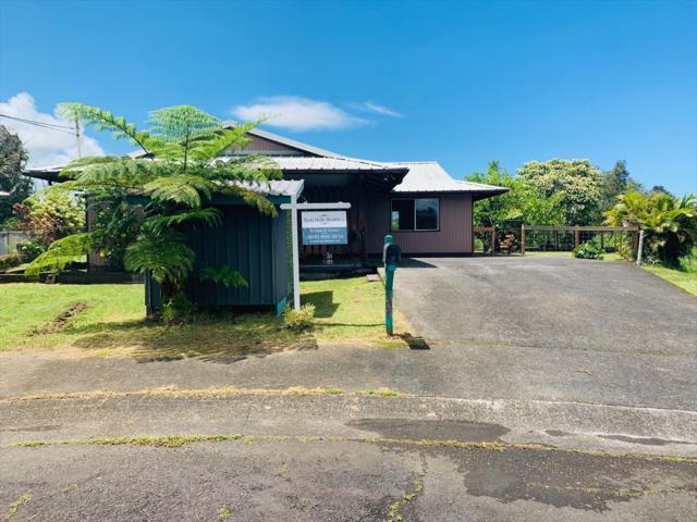 101 Puhili Pl, Hilo, HI 96720 (MLS #631257) :: Aloha Kona Realty, Inc.