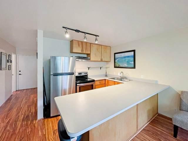 360 Kauila St, Hilo, HI 96720 (MLS #645581) :: LUVA Real Estate