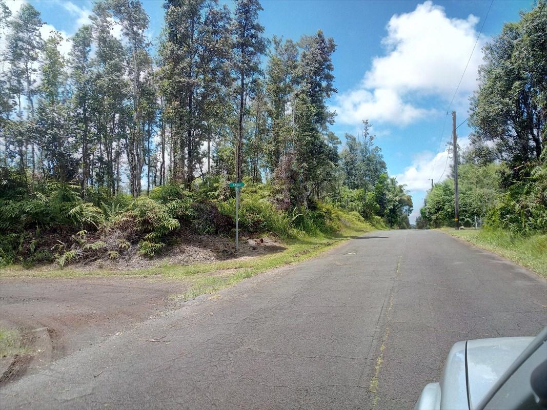 https://bt-photos.global.ssl.fastly.net/hawaii/orig_boomver_1_630105-2.jpg