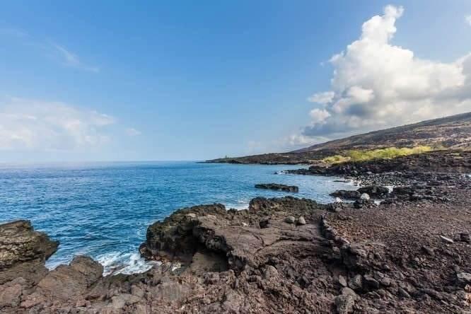 https://bt-photos.global.ssl.fastly.net/hawaii/orig_boomver_1_644518-2.jpg