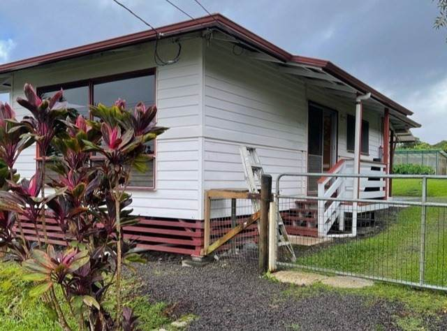 82 Malia St, Hilo, HI 96720 (MLS #645596) :: LUVA Real Estate