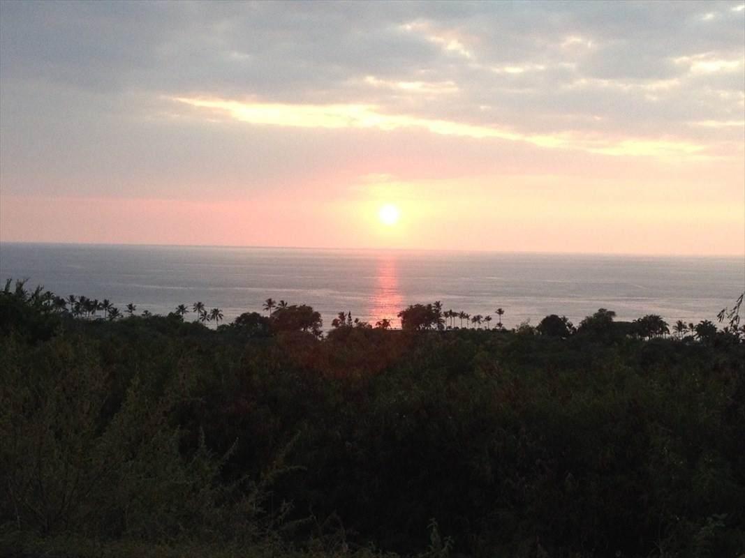 https://bt-photos.global.ssl.fastly.net/hawaii/orig_boomver_1_647116-2.jpg