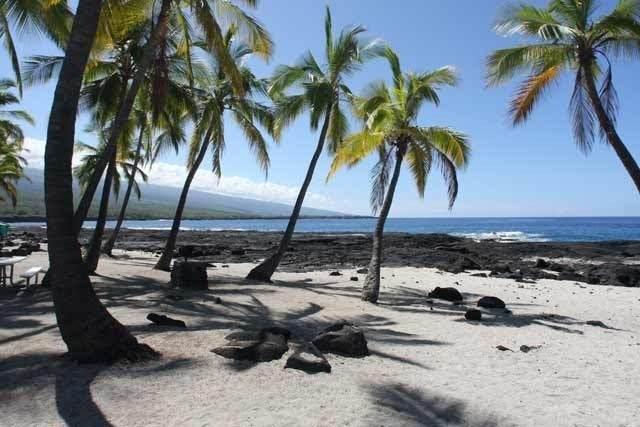 https://bt-photos.global.ssl.fastly.net/hawaii/orig_boomver_1_647204-2.jpg