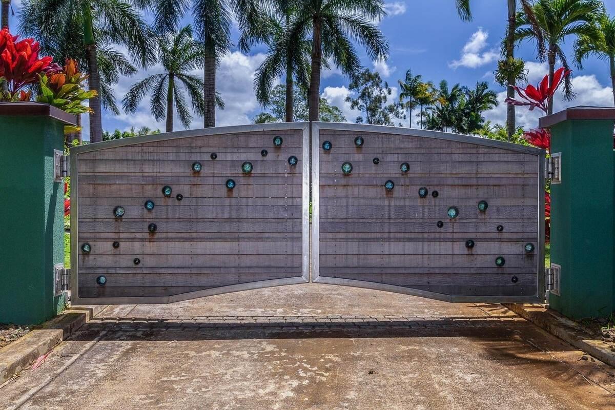 https://bt-photos.global.ssl.fastly.net/hawaii/orig_boomver_1_648553-2.jpg