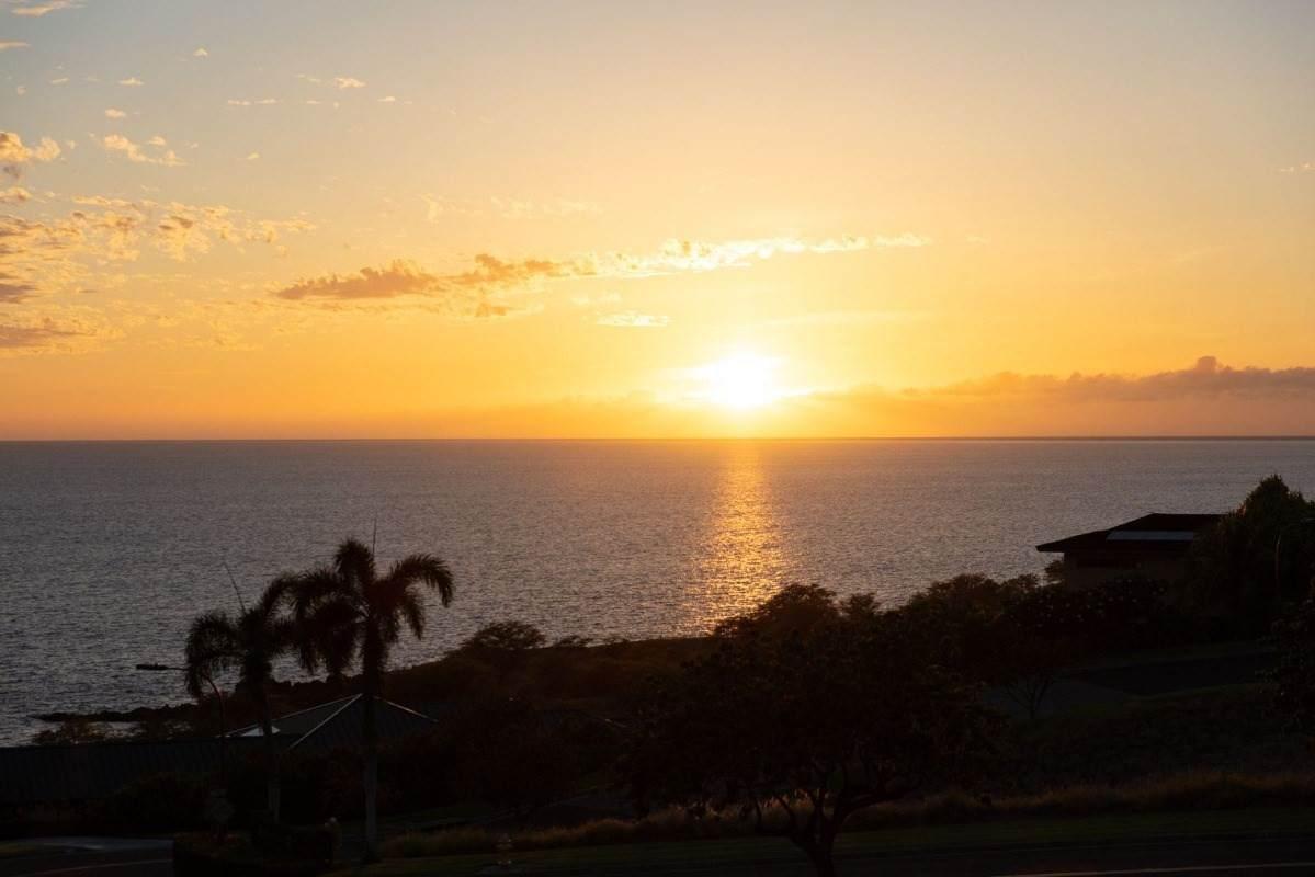 https://bt-photos.global.ssl.fastly.net/hawaii/orig_boomver_1_650573-2.jpg