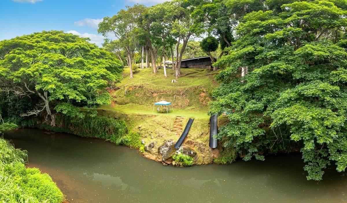 https://bt-photos.global.ssl.fastly.net/hawaii/orig_boomver_1_652041-2.jpg