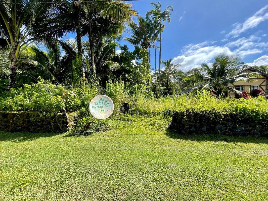 https://bt-photos.global.ssl.fastly.net/hawaii/orig_boomver_1_652713-2.jpg