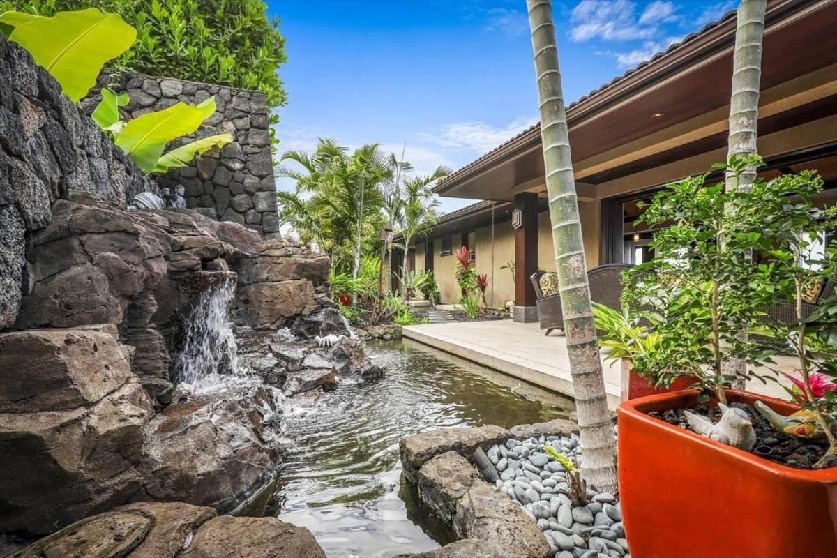 https://bt-photos.global.ssl.fastly.net/hawaii/orig_boomver_1_652912-2.jpg