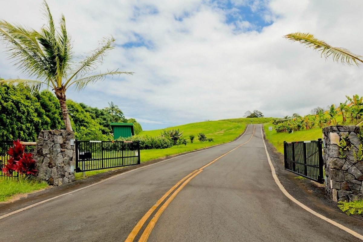 https://bt-photos.global.ssl.fastly.net/hawaii/orig_boomver_1_652928-2.jpg