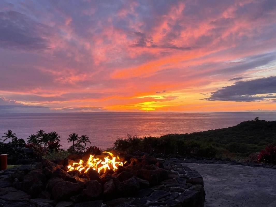https://bt-photos.global.ssl.fastly.net/hawaii/orig_boomver_1_652992-2.jpg