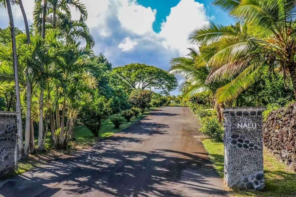 https://bt-photos.global.ssl.fastly.net/hawaii/orig_boomver_1_653410-2.jpg