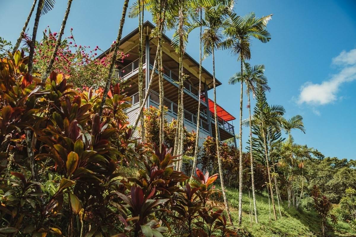 https://bt-photos.global.ssl.fastly.net/hawaii/orig_boomver_1_654228-2.jpg