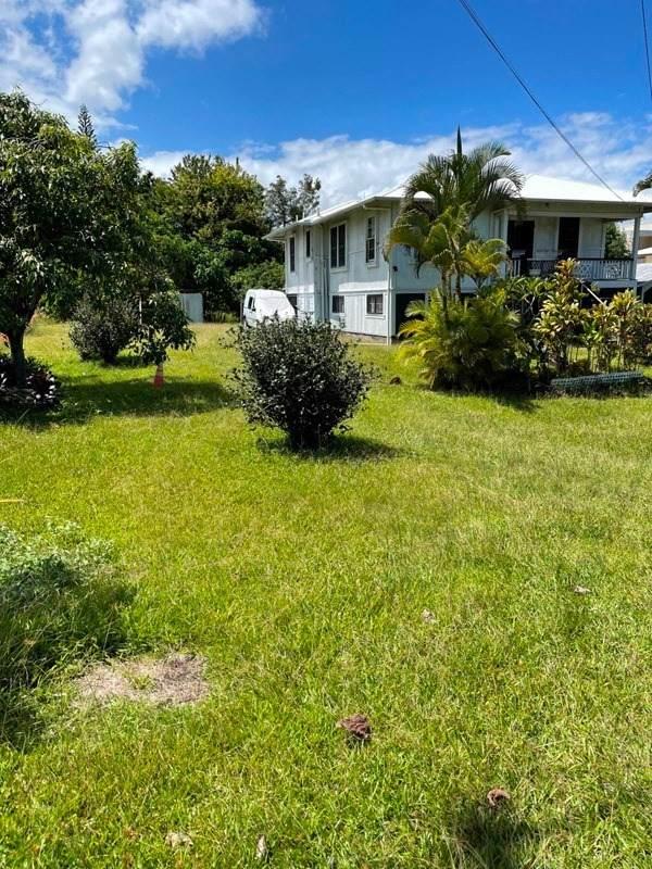 498 Laukapu St, Hilo, HI 96720 (MLS #654757) :: LUVA Real Estate