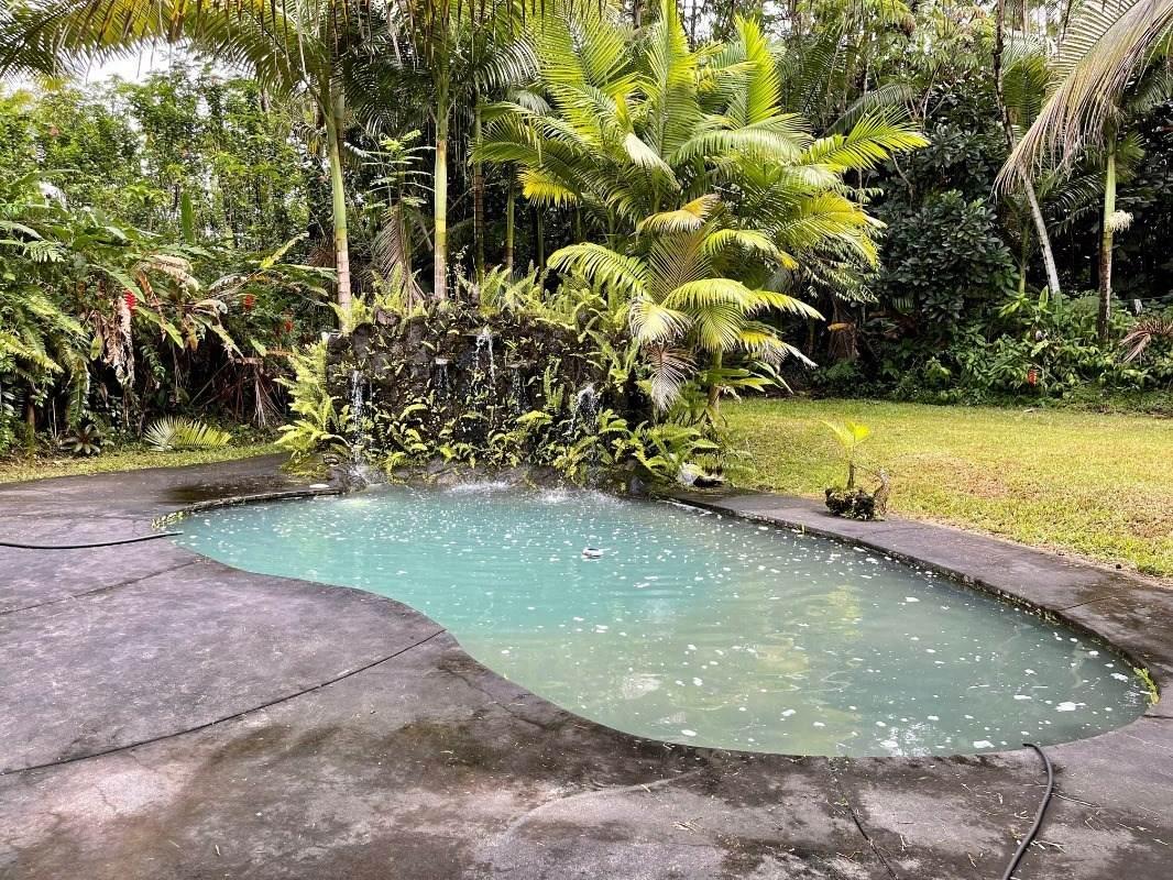 https://bt-photos.global.ssl.fastly.net/hawaii/orig_boomver_1_654774-2.jpg