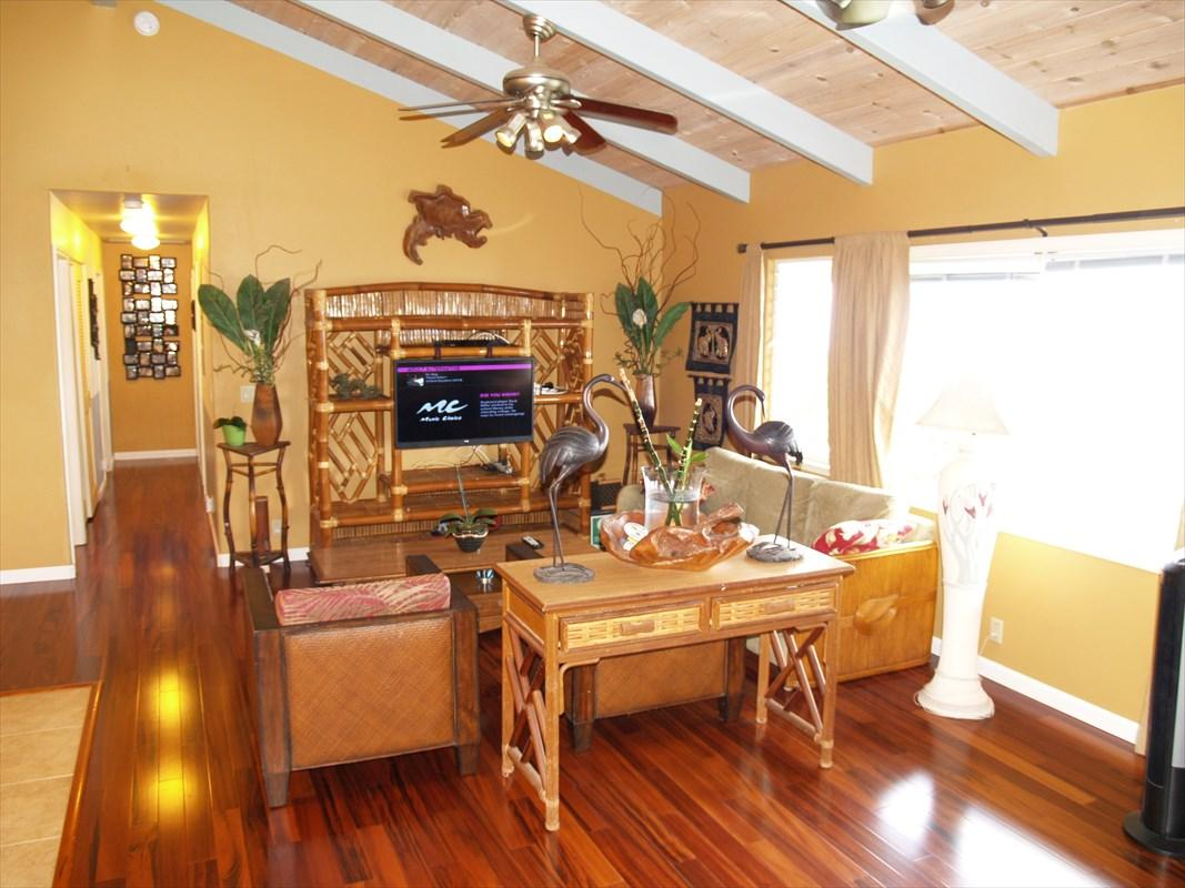 73-1160 Mahilani Dr, Kailua-Kona, HI 96740 (MLS #617563) :: Aloha ...