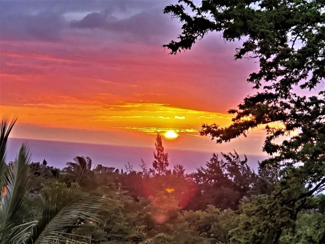 https://bt-photos.global.ssl.fastly.net/hawaii/orig_boomver_3_650417-2.jpg