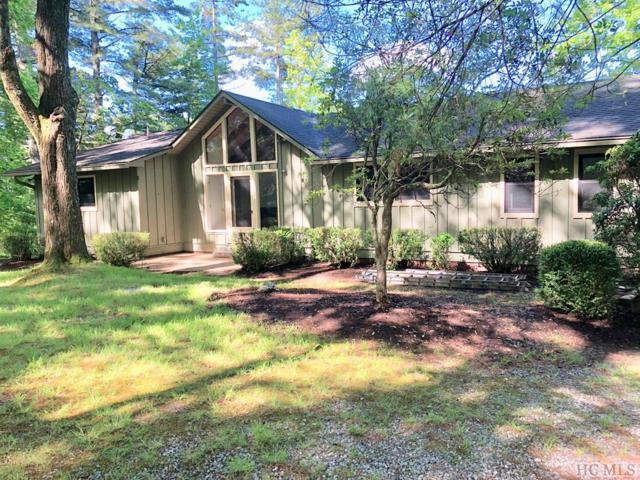 154 S East Shore Drive, Lake Toxaway, NC 28747 (MLS #88446) :: Lake Toxaway Realty Co