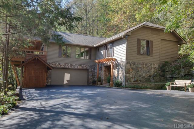 20 West Knoll Drive, Highlands, NC 28741 (MLS #88467) :: Berkshire Hathaway HomeServices Meadows Mountain Realty