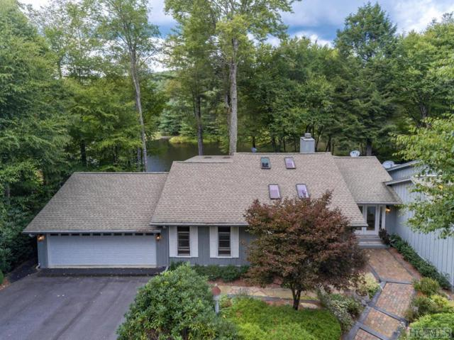 6 Lake Villa Court, Highlands, NC 28741 (MLS #89466) :: Berkshire Hathaway HomeServices Meadows Mountain Realty