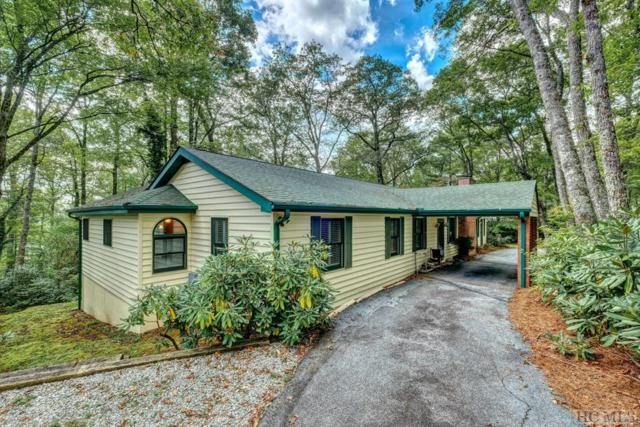575 Center Drive, Highlands, NC 28741 (MLS #89558) :: Lake Toxaway Realty Co
