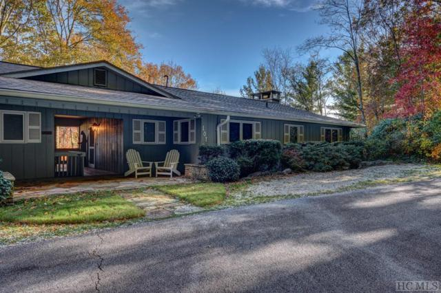 101 Locust Lane, Highlands, NC 28741 (MLS #89700) :: Lake Toxaway Realty Co