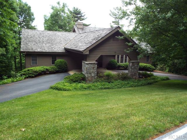 258 Club Colony Lane, Lake Toxaway, NC 28747 (MLS #90321) :: Berkshire Hathaway HomeServices Meadows Mountain Realty