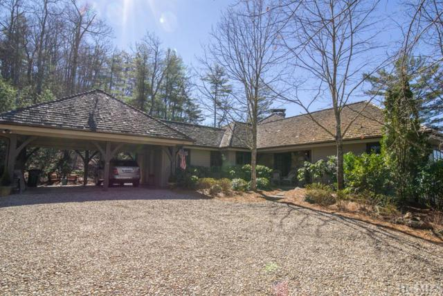 296 Mac's View Drive, Cashiers, NC 28717 (MLS #90349) :: Berkshire Hathaway HomeServices Meadows Mountain Realty