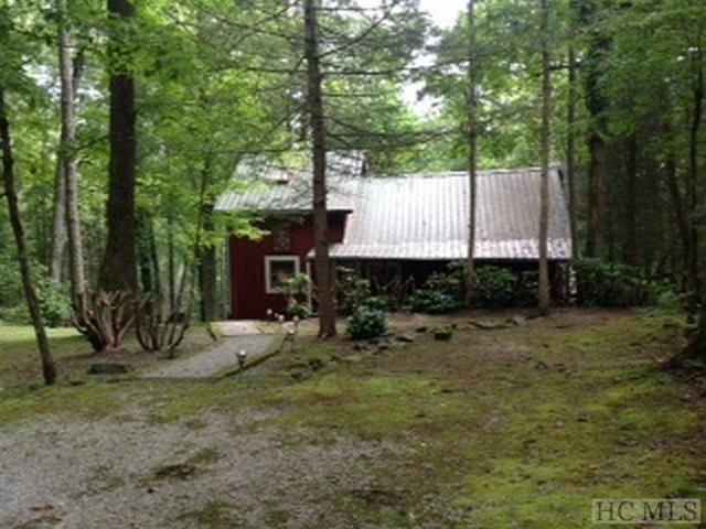 447 Wingina Place, Highlands, NC 28741 (MLS #90645) :: Berkshire Hathaway HomeServices Meadows Mountain Realty